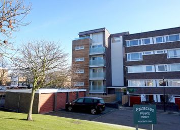 Thumbnail 2 bed flat to rent in Fair Acres, Hayes, Bromley