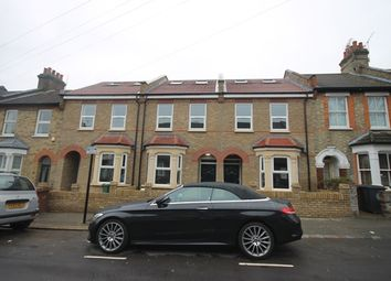 Thumbnail 4 bed property to rent in Gloucester Road, London