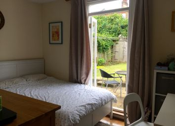 Thumbnail 2 bed flat to rent in Mantilla Road, Tooting Bec