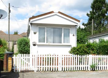 Thumbnail 1 bedroom mobile/park home for sale in Kings Copse Avenue, Hedge End, Southampton
