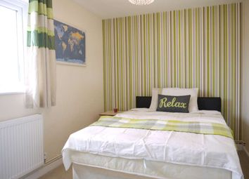 Thumbnail Room to rent in Fountains Garth, Bracknell