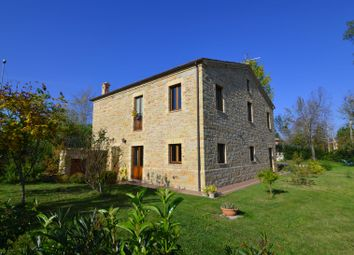 Thumbnail 4 bed detached house for sale in Gualdo, Macerata, Marche, Italy