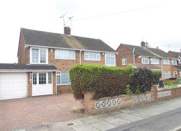 Thumbnail 3 bed property for sale in Linden Road, Dunstable