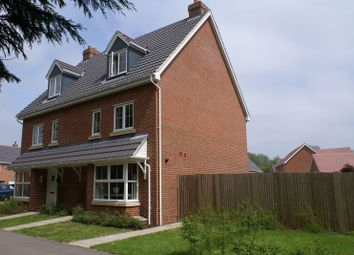 Thumbnail 4 bed town house to rent in Lapwing Way, Four Marks, Alton