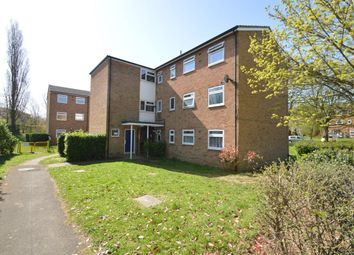 Thumbnail 2 bed flat to rent in New Wood, Welwyn Garden City