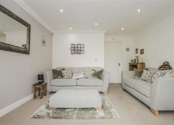 3 bed town house for sale in Chelsea Close, Westhoughton, Bolton BL5
