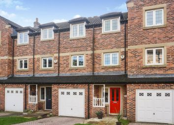 4 bed town house for sale in Acrewood Close, Leeds LS17