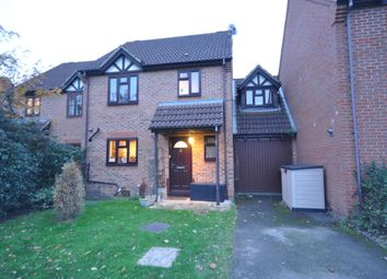 Thumbnail 4 bed property for sale in Sylvester Close, Winnersh, Wokingham