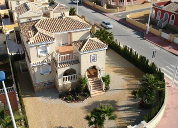 Thumbnail 5 bed chalet for sale in Avinguda Del Mediterrani, 03130 Gran Alacant, Alicante, Spain