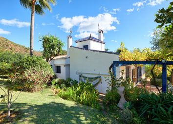 Thumbnail 2 bed villa for sale in Spain, Andalucia, Estepona, Ww1150