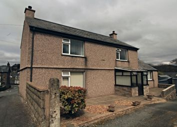 Thumbnail 3 bed detached house for sale in Adwy Ddu, Penrhyndeudraeth