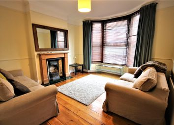 Thumbnail 1 bed flat to rent in Russell Road, Palmers Green, London