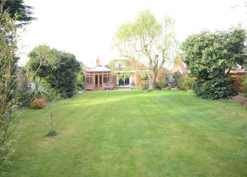 Thumbnail 5 bedroom detached house for sale in Highdown Avenue, Emmer Green, Reading