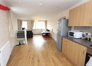 Thumbnail 3 bed flat to rent in Hedge Lane, Palmers Green, London