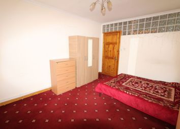 Thumbnail Studio to rent in Abbey Road, Stratford