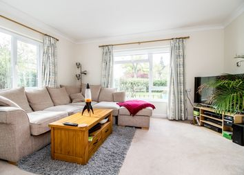 Thumbnail 2 bedroom flat to rent in Fairlawn, Oxford