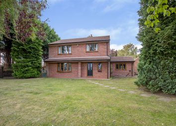 Thumbnail 3 bedroom detached house for sale in Fountain Hill Road, Walkeringham, Doncaster