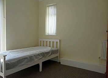Room to rent in Station Road, Brimington, Chesterfield S43