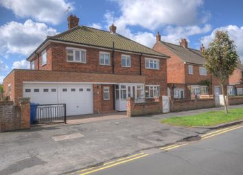 Thumbnail 4 bed detached house for sale in Second Avenue, Bridlington