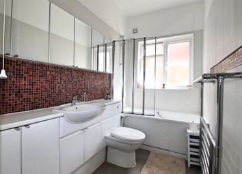Thumbnail 3 bed flat to rent in Cumberland Park, London
