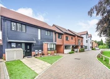 4 bed detached house for sale in Bluegown Avenue, Leybourne, West Malling ME19