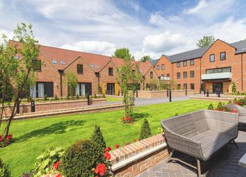2 bed flat for sale in Southdown Road, Harpenden AL5