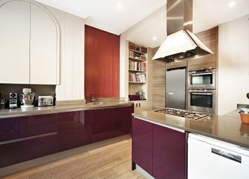 Thumbnail 3 bed terraced house to rent in Cambridge Street, Pimlico, London