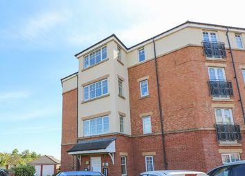 2 bed flat to rent in Ovett Gardens, Gateshead NE8