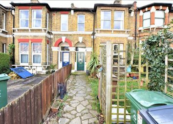 Thumbnail 2 bed flat to rent in Wallwood Road, London