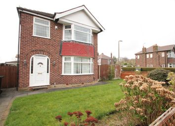 Thumbnail 3 bed detached house to rent in Walton Road, Sale