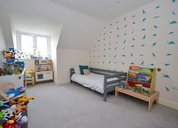 Thumbnail 2 bed flat for sale in Annett Close, Shepperton