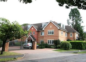 Thumbnail 2 bedroom flat for sale in 42, Oval Way, Gerrards Cross