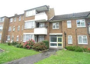 Thumbnail 2 bed flat to rent in Pinner Road, London
