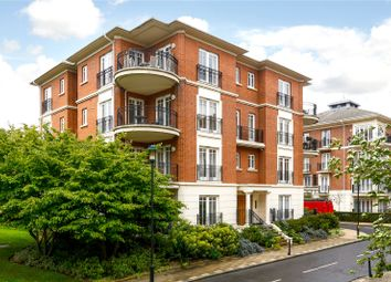 Thumbnail 2 bed flat for sale in Clevedon Road, Twickenham