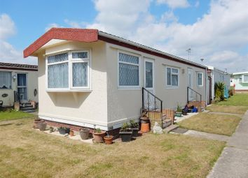 Thumbnail 2 bed mobile/park home for sale in Meadowview Park, Little Clacton, Clacton-On-Sea