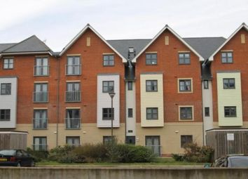 Thumbnail 2 bed flat to rent in Aylward Street, Portsmouth