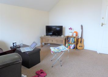 Thumbnail 2 bedroom flat for sale in Bean Street, Hull