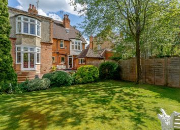 Thumbnail 2 bed flat for sale in Douglas Road, Harpenden, Hertfordshire