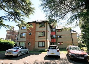 Thumbnail 2 bed flat to rent in Hampton Towers, Southcote Road, Reading