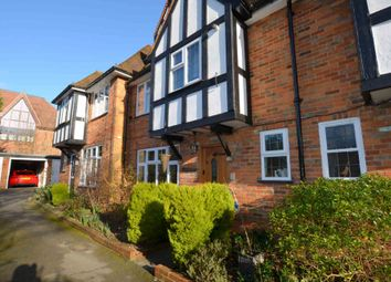 Thumbnail 2 bed detached house to rent in Chesham Road, Amersham