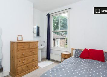 Room to rent in Bryantwood Road, London N7