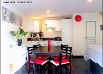 Thumbnail 2 bed apartment for sale in Bretagne, Ille-Et-Vilaine, Montauban De Bretagne