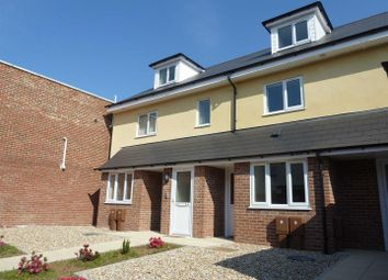 Thumbnail 2 bed flat to rent in Fratton Road, Portsmouth