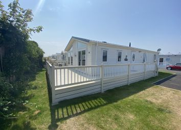 Thumbnail 2 bed mobile/park home for sale in Suffolk Sands, Felixstowe, Suffolk