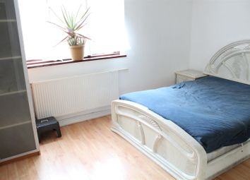 Thumbnail 1 bedroom property to rent in New Goulston Street, London
