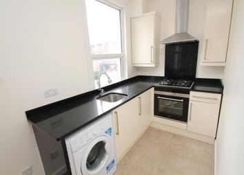 Thumbnail 1 bed flat to rent in Watlington Street, Reading, Berkshire