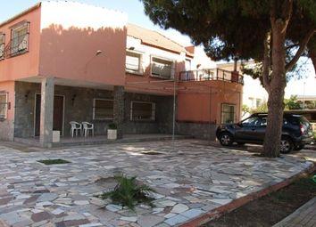 Thumbnail 9 bed villa for sale in Calle Pintor Cecilio Pla, Los Alcázares, Murcia, Spain