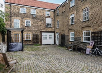 Thumbnail 3 bed flat to rent in The Granary, Comet Place, Depford, London