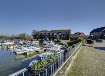 Thumbnail 2 bed maisonette for sale in Temple Mill Island, Marlow