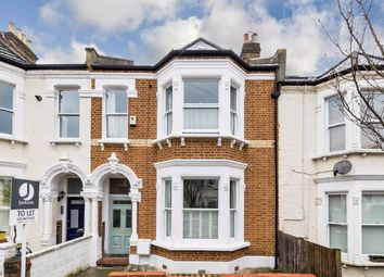 4 bed property to rent in Carminia Road, London SW17